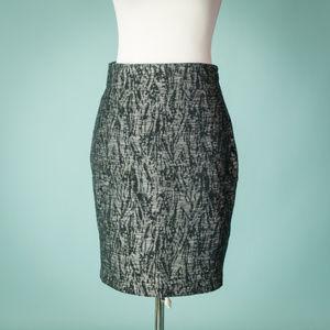 Ann Taylor 4 Black Silver Metallic Career Skirt